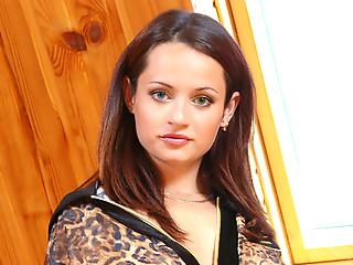 Foxy brunette nubile flaunts her supple teen tits with large areolas